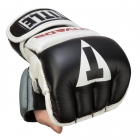 Перчатки снарядные TITLE Invade Wristwrap Heavy Bag Gloves